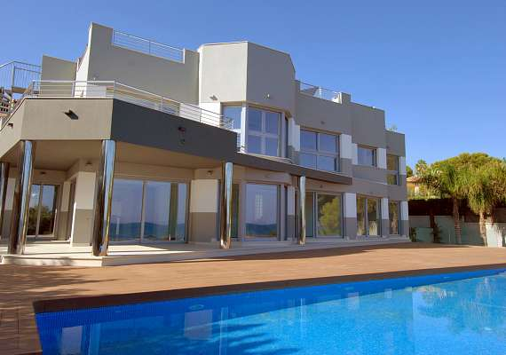 Luxury villa in Calpe with sea views