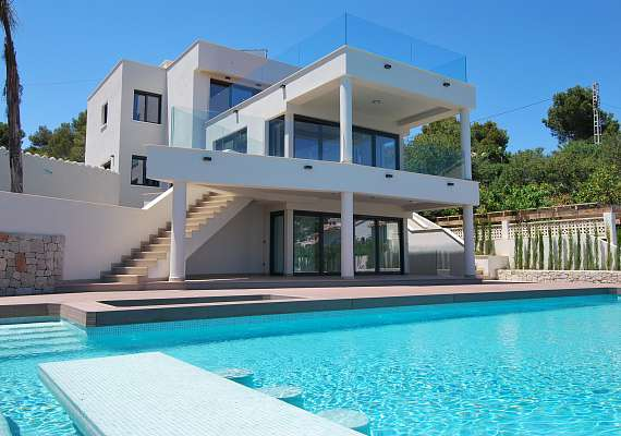 Elegant luxury villa in Benissa on the seaside